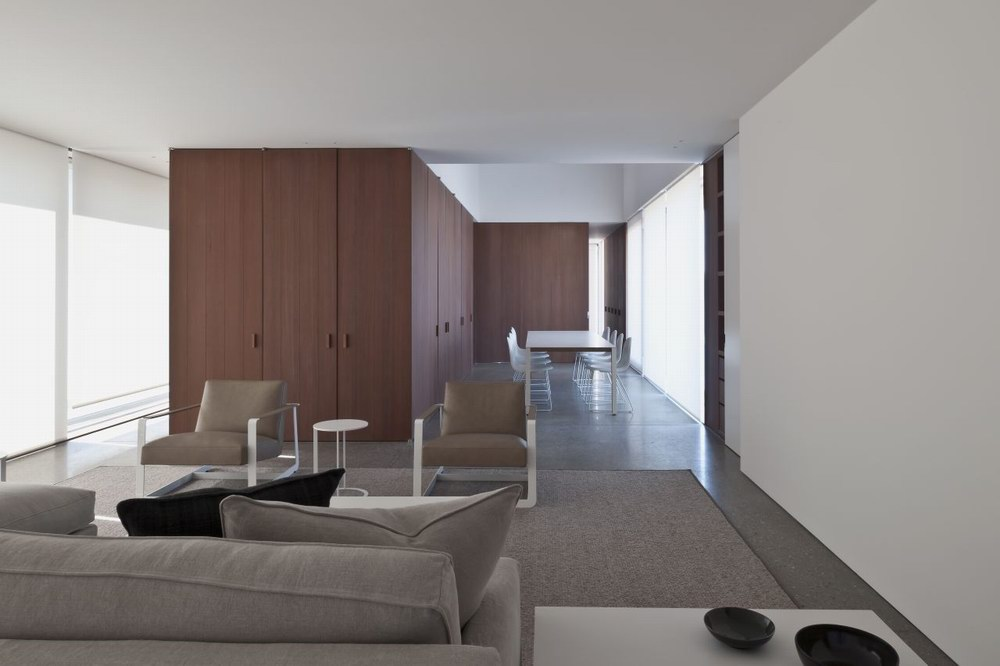 DC2 Residence - Vincent Van Duysen Architects 5
